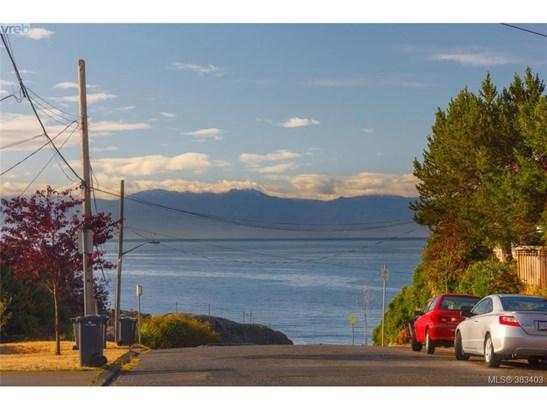 474 Foster, Victoria, BC - CAN (photo 1)