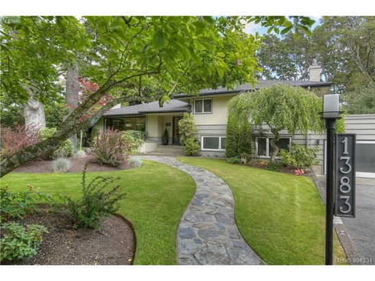 1383 St. David, Victoria, BC - CAN (photo 1)