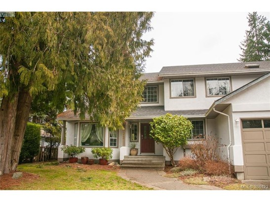 2873 Meadowview, Victoria, BC - CAN (photo 1)