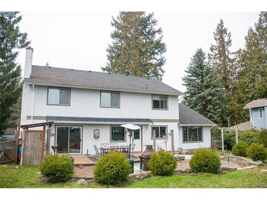 2873 Meadowview, Victoria, BC - CAN (photo 3)