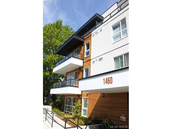 401-1460 Pandora 401, Victoria, BC - CAN (photo 1)