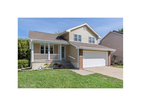 Split Level, Residential - Urbandale, IA (photo 2)