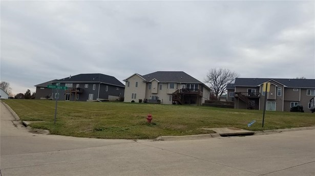 Residential Lot - Ely, IA