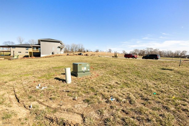 Cross Property - Granger, IA