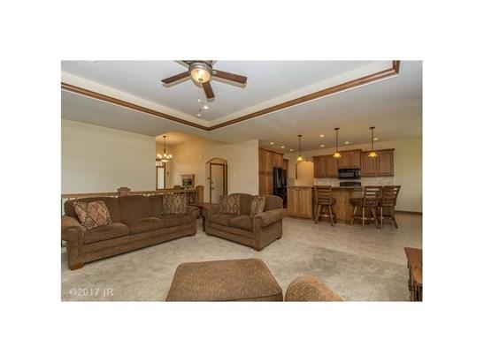 Residential, Ranch - Altoona, IA (photo 4)