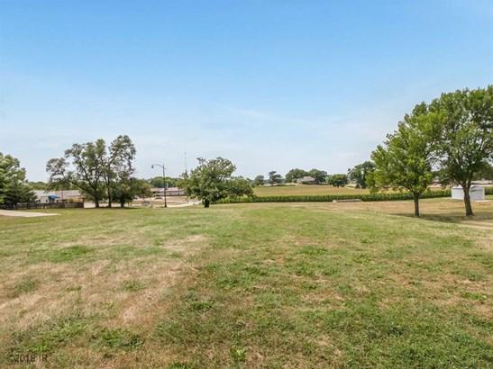 Cross Property - Pleasant Hill, IA