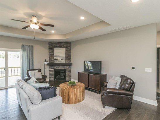 Residential, Ranch - West Des Moines, IA (photo 2)