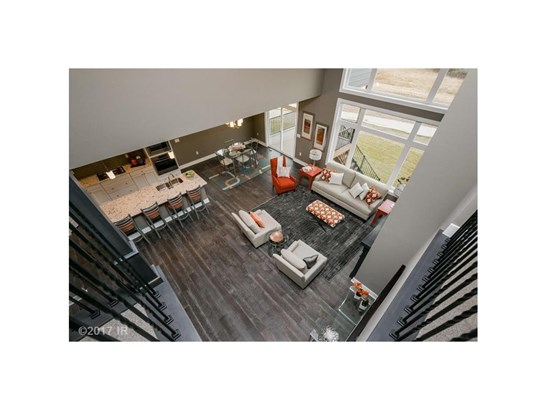 1.5 Story, Residential - Johnston, IA (photo 3)