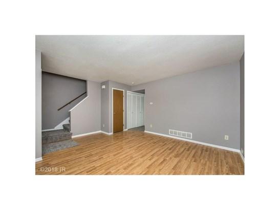 Residential, Two Story - Carlisle, IA (photo 4)