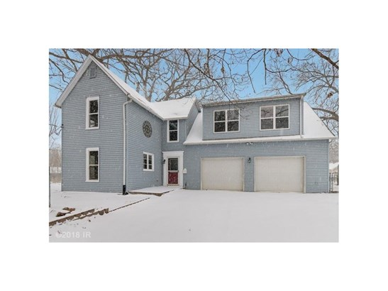 Residential, Two Story - Des Moines, IA (photo 1)