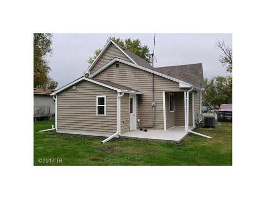 Residential, Two Story - Colfax, IA (photo 2)