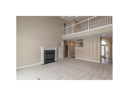 1.5 Story, Condo-Townhome - Clive, IA (photo 5)