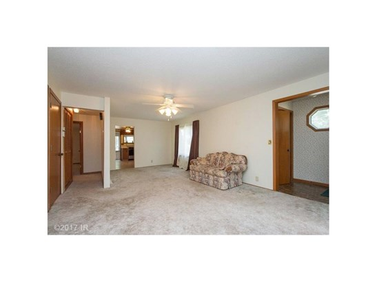 Residential, Ranch - Boone, IA (photo 2)