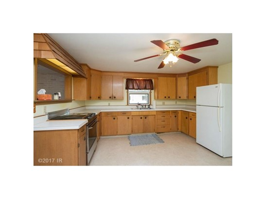 Residential, Ranch - Boone, IA (photo 4)