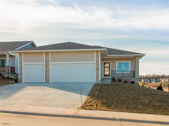 Ranch, Condo-Townhome - West Des Moines, IA