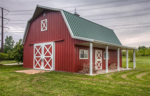1.5 Story, Residential - Grimes, IA (photo 3)