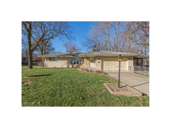 Residential, Ranch - Des Moines, IA (photo 3)