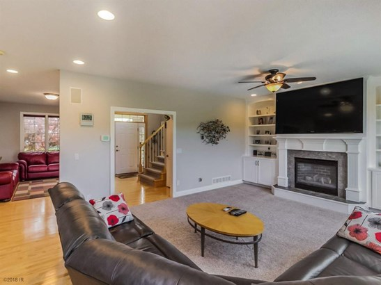 Residential, Two Story - West Des Moines, IA (photo 5)