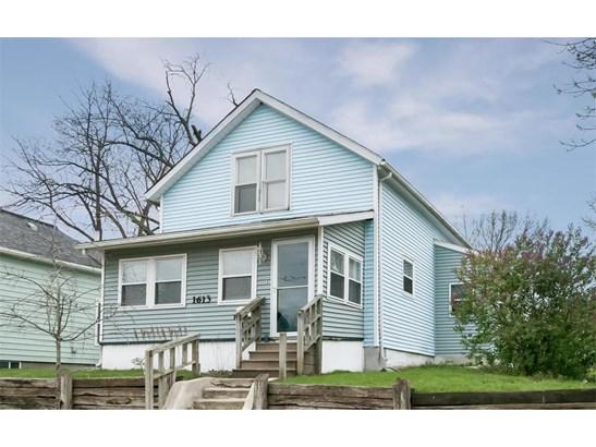 1.5 Story,2 Stories, Single Family - Cedar Rapids, IA (photo 1)