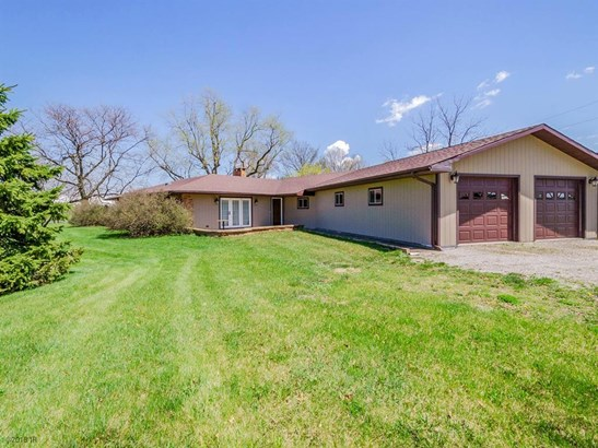 Split Level, Acreages - Grinnell, IA (photo 1)