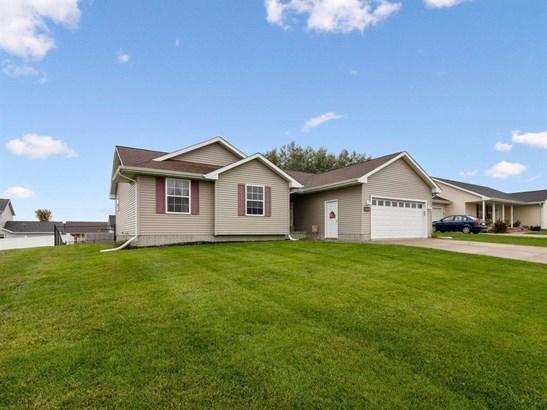 Residential, Ranch - Stuart, IA