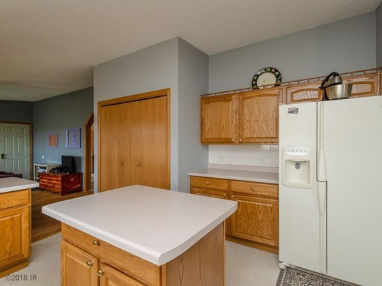 Acreages, Manufactured Home - Carlisle, IA (photo 5)