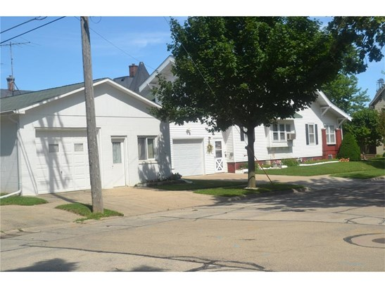 1.5 Story,See Remarks, Single Family - Dyersville, IA (photo 5)