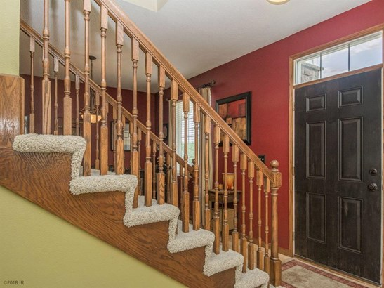 Residential, Two Story - Pleasant Hill, IA (photo 2)