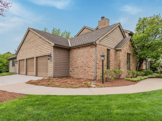 1.5 Story, Residential - West Des Moines, IA (photo 2)