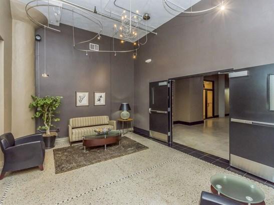 Condo/Zero Lot, Loft/High-Rise,Over 2 Stories - Cedar Rapids, IA (photo 3)