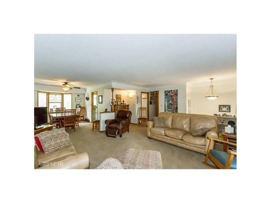 Residential, Split Foyer - Windsor Heights, IA (photo 5)