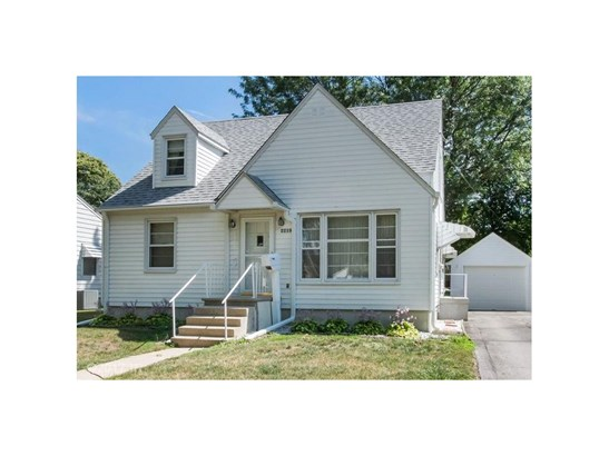 1.5 Story, Residential - Perry, IA (photo 1)
