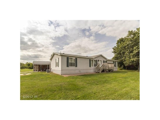 Residential, Ranch - Earlham, IA (photo 1)