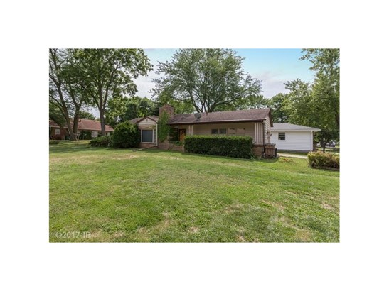 Residential, Ranch - Windsor Heights, IA (photo 2)