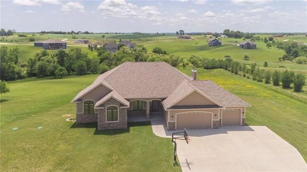Acreages, Ranch - Van Meter, IA (photo 1)