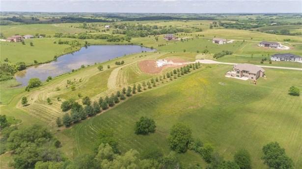 Acreages, Ranch - Van Meter, IA (photo 2)