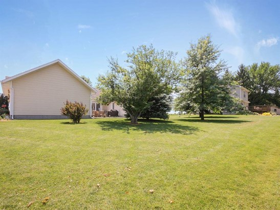 Residential, Ranch - Indianola, IA (photo 3)
