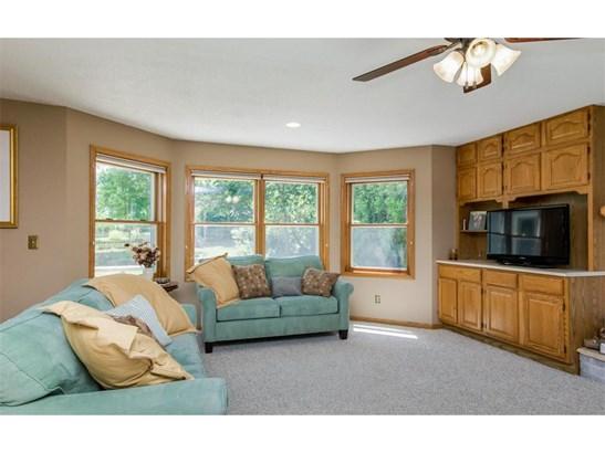 2 Stories, Single Family - Cedar Rapids, IA (photo 3)