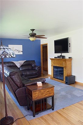 Residential, Ranch - Knoxville, IA (photo 5)