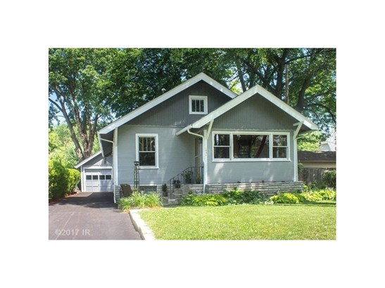 Residential, Bungalow - Des Moines, IA (photo 1)