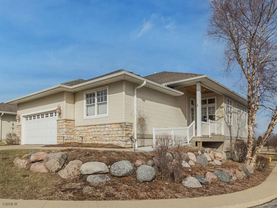Ranch, Condo-Townhome - West Des Moines, IA (photo 2)