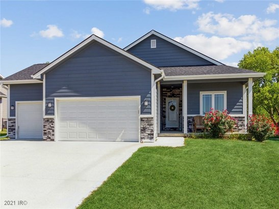 Residential, Ranch - Pleasant Hill, IA