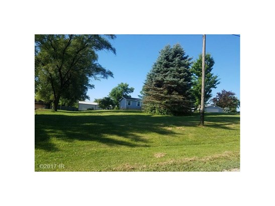 Residential, Manufactured Home - Des Moines, IA (photo 3)