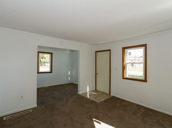 1.5 Story, Residential - Boone, IA (photo 4)
