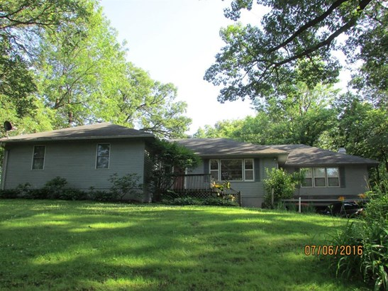 Residential, Ranch - Newton, IA (photo 1)