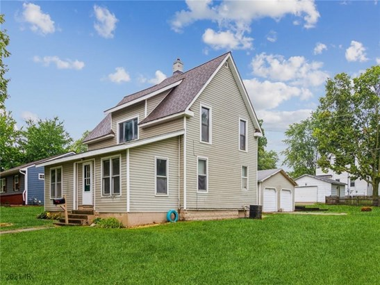 1.5 Story, Residential - Knoxville, IA