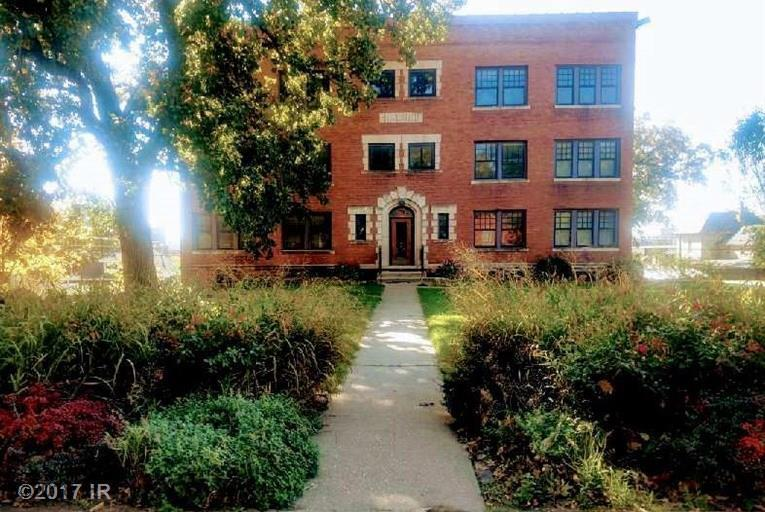 Condo-Townhome, Apartment Style - Des Moines, IA (photo 2)