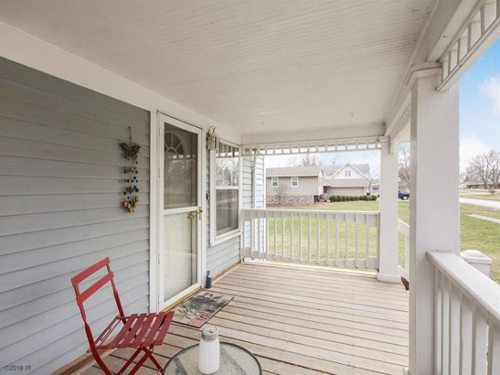 Residential, Two Story - Truro, IA (photo 4)