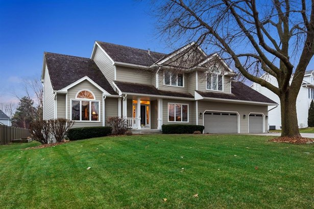 Residential, Two Story - Clive, IA