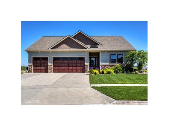 Residential, Ranch - Waukee, IA (photo 3)